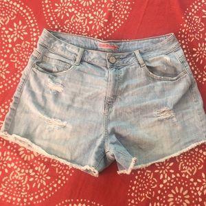 Refuge jean shorts 💕😊